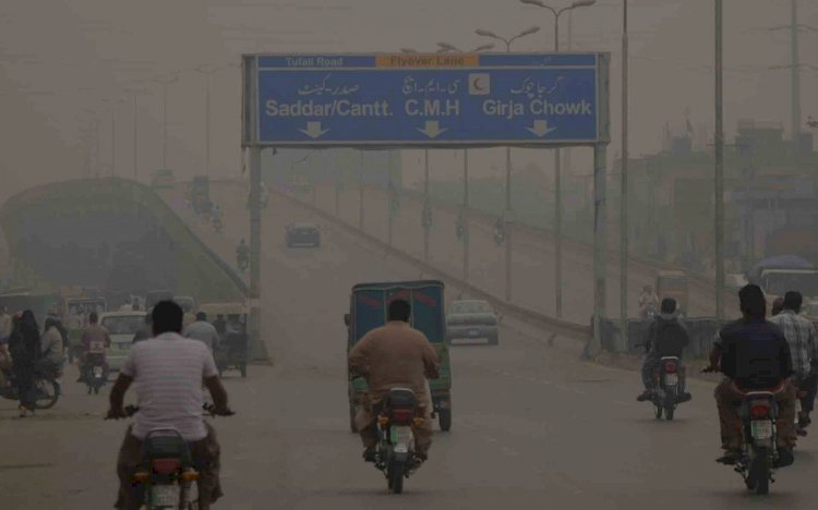 Smog Takes Over Lahore Shutting Down Daily Activities